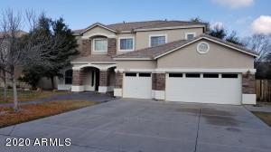2925 S PALM Street, Gilbert, AZ 85295