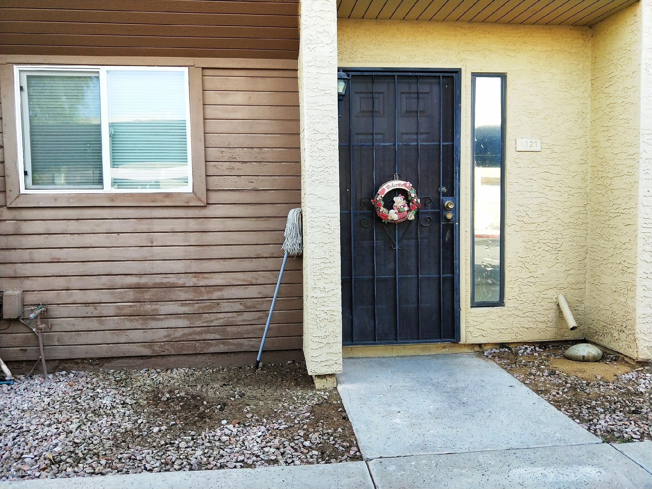 Photo of 1321 S MITCHELL Drive, Tempe, AZ 85281