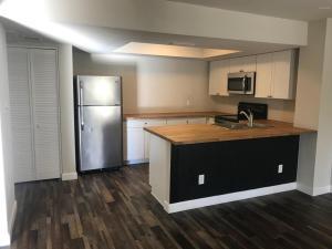 4730 W NORTHERN Avenue, Glendale, AZ 85301