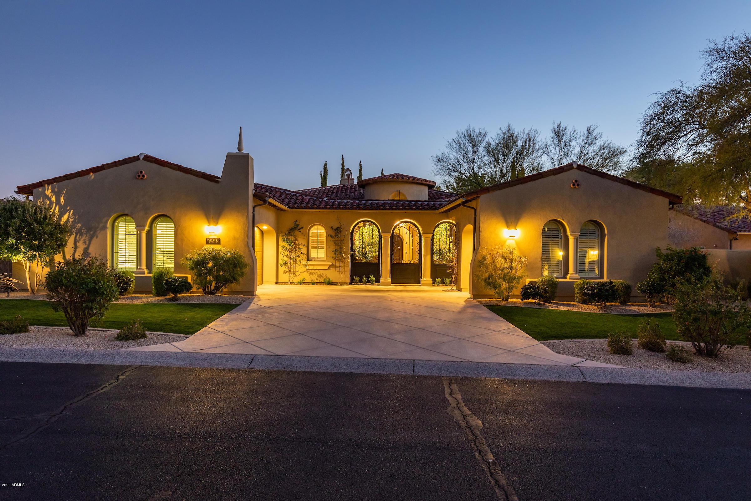 Photo of 8245 E WINGSPAN Way, Scottsdale, AZ 85255