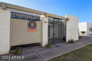 2521 E 5TH Street, Tempe, AZ 85281