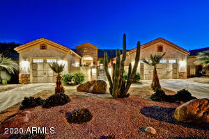 14727 W CARBINE Court, Sun City West, AZ 85375