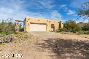 1480 E WHITELEY Street, Apache Junction, AZ 85119