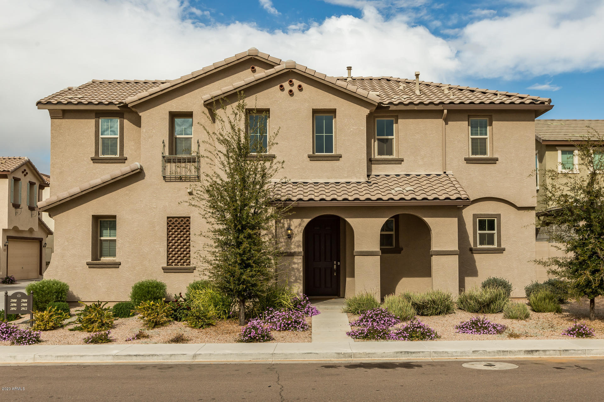 Photo of 2912 E BINNER Drive, Chandler, AZ 85225