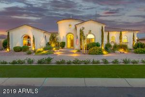 4565 S BANNING Drive, Gilbert, AZ 85297