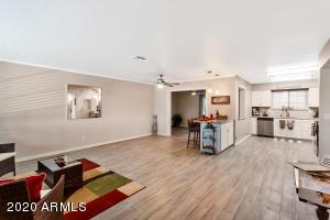 12646 N SAINT ANDREW Drive W, 316, Sun City, AZ 85351