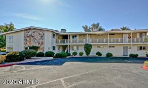 10811 N Fairway Court E, Sun City, AZ 85351