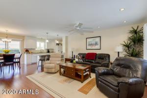 10941 W CUMBERLAND Drive, Sun City, AZ 85351
