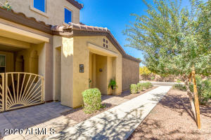 250 W QUEEN CREEK Road, 217, Chandler, AZ 85248