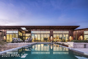 4521 E QUARTZ MOUNTAIN Road