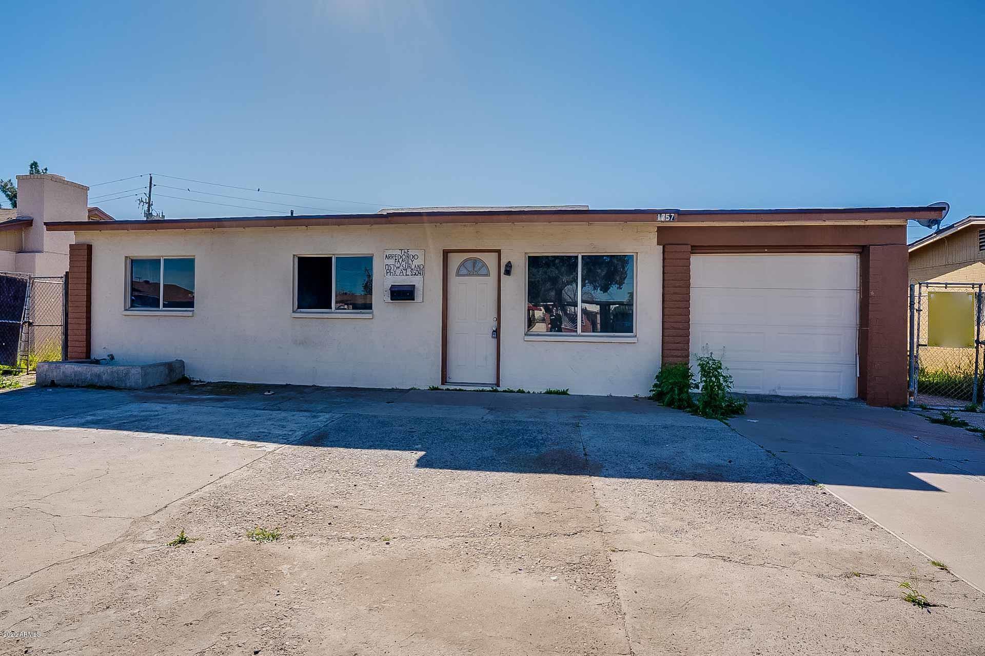 Photo of 1757 W SUNLAND Avenue, Phoenix, AZ 85041