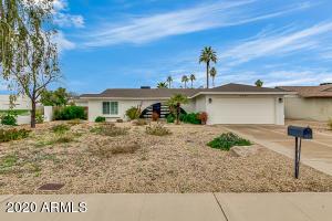 4902 E WINDROSE Drive, Scottsdale, AZ 85254