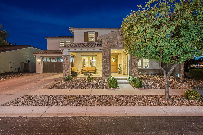 Photo of 3433 E LOMA VISTA Street, Gilbert, AZ 85295
