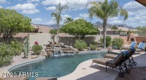 PRIVATE LUXURY SONORAN DESERT LIVING with SUPERSTITION MOUNTAIN VIEW