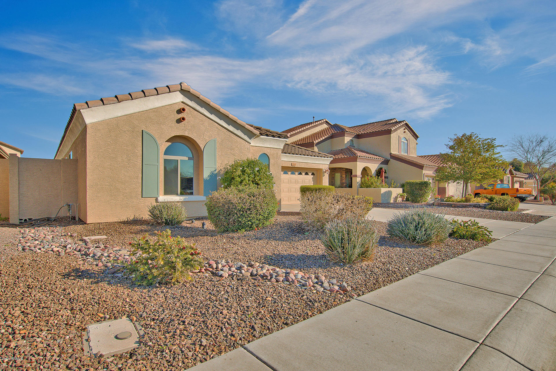 Photo of 2064 E Locust Drive, Chandler, AZ 85286