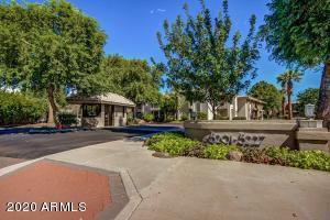 5215 N 24TH Street 203, Phoenix, AZ 85016