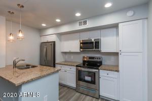6302 N 64th Drive, 3, Glendale, AZ 85301