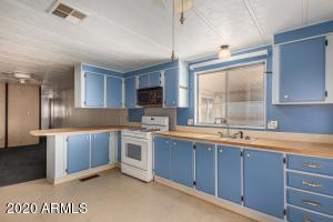 9442 E ESCONDIDO Avenue, Mesa, AZ 85208