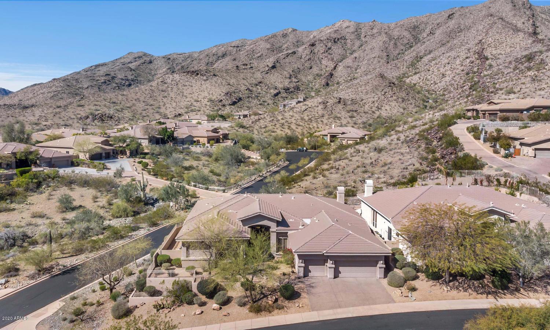 Photo of 410 E DESERT WIND Drive, Phoenix, AZ 85048