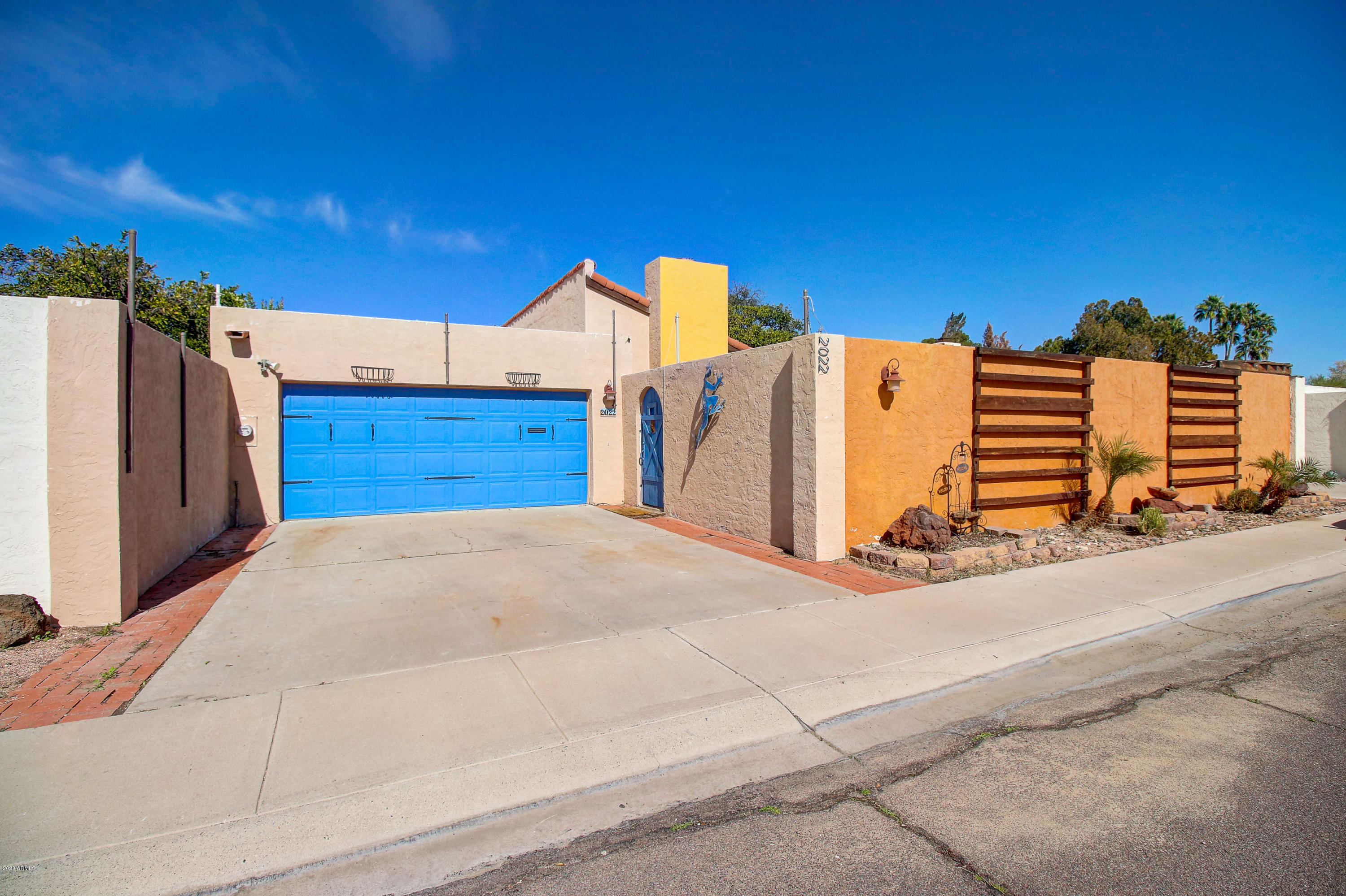 Photo of 2022 E BISHOP Drive, Tempe, AZ 85282