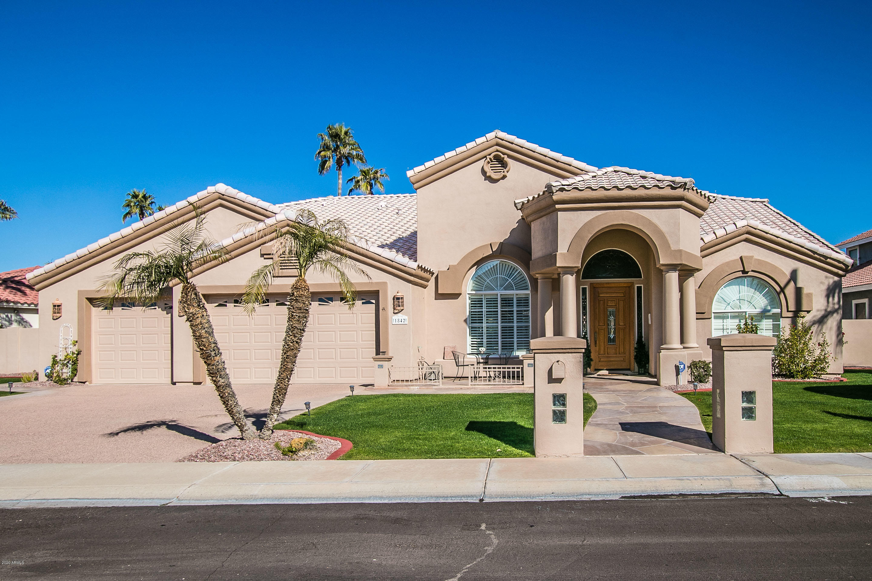 Photo of 1842 E CORAL TREE Drive, Gilbert, AZ 85234