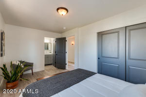16640 N 16TH Place, Phoenix, AZ 85022