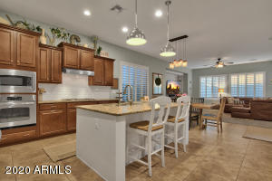 4080 S EMERSON Street, Chandler, AZ 85248