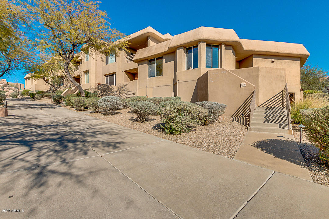 Photo of 10222 E SOUTHWIND Lane #1019, Scottsdale, AZ 85262