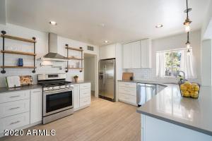3530 E MEADOWBROOK Avenue, Phoenix, AZ 85018