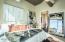 En-suite master bath with privacy door