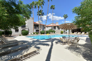 9270 E MISSION Lane E, 203, Scottsdale, AZ 85258