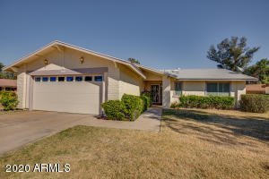 654 LEISURE WORLD, Mesa, AZ 85206