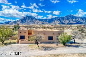 8186 E Sacred Path Road, Hereford, AZ 85615