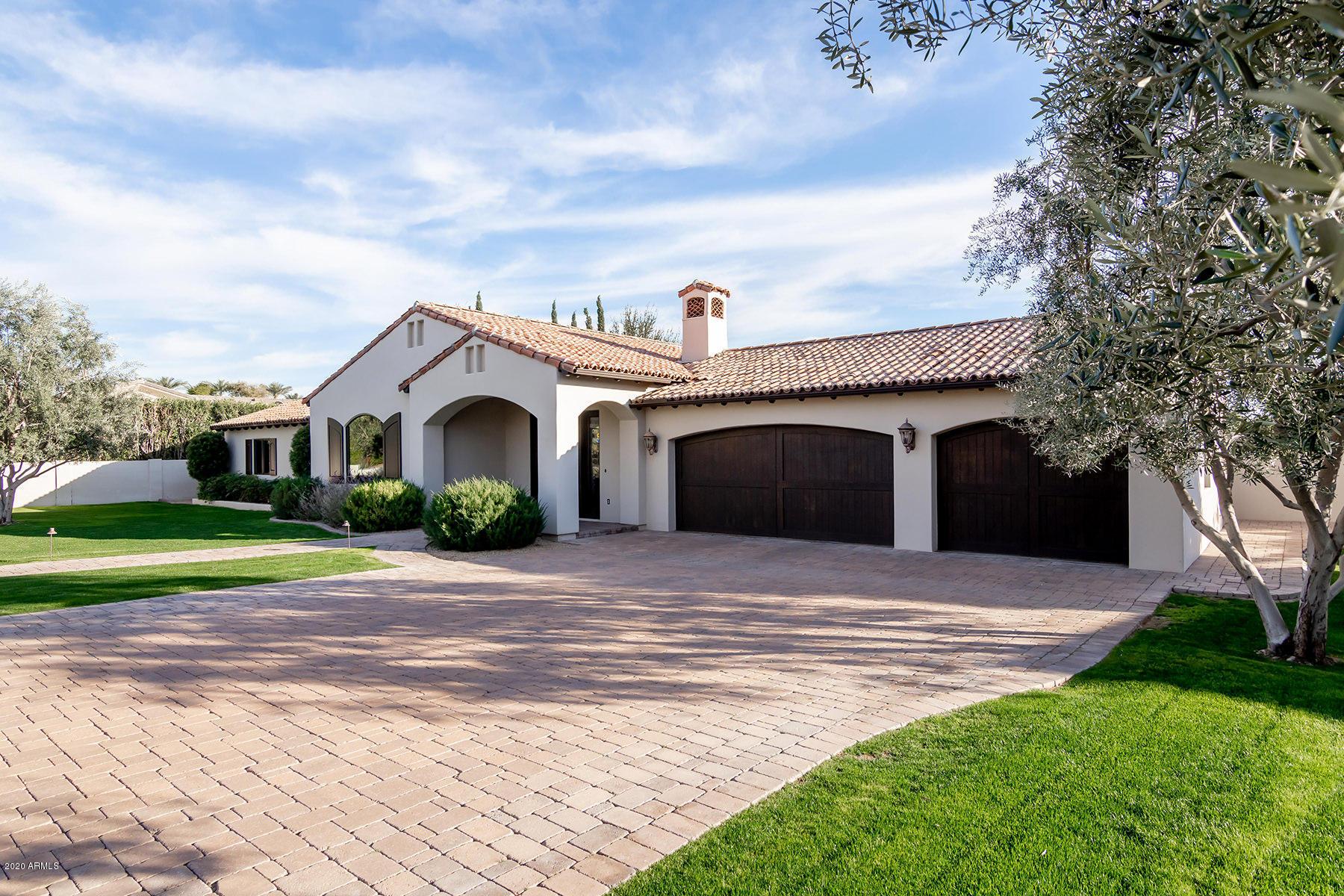 Photo of 7027 E VISTA Drive, Paradise Valley, AZ 85253