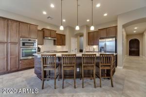 4690 S BIRCH Street, Chandler, AZ 85249