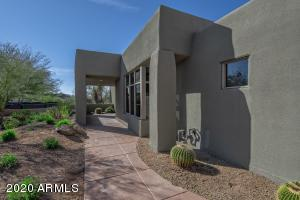 Property for sale at 10071 E Graythorn Drive, Scottsdale,  Arizona 85262