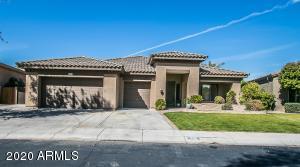 702 E CAPRICORN Way, Chandler, AZ 85249