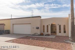 311 W LAGUNA Drive, Tempe, AZ 85282