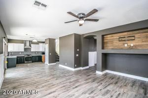 21703 N GIBSON Drive, Maricopa, AZ 85139