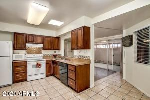 13665 N 111TH Avenue, Sun City, AZ 85351