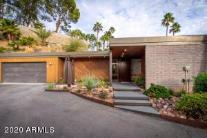 2032 E VISTA Avenue, Phoenix, AZ 85020