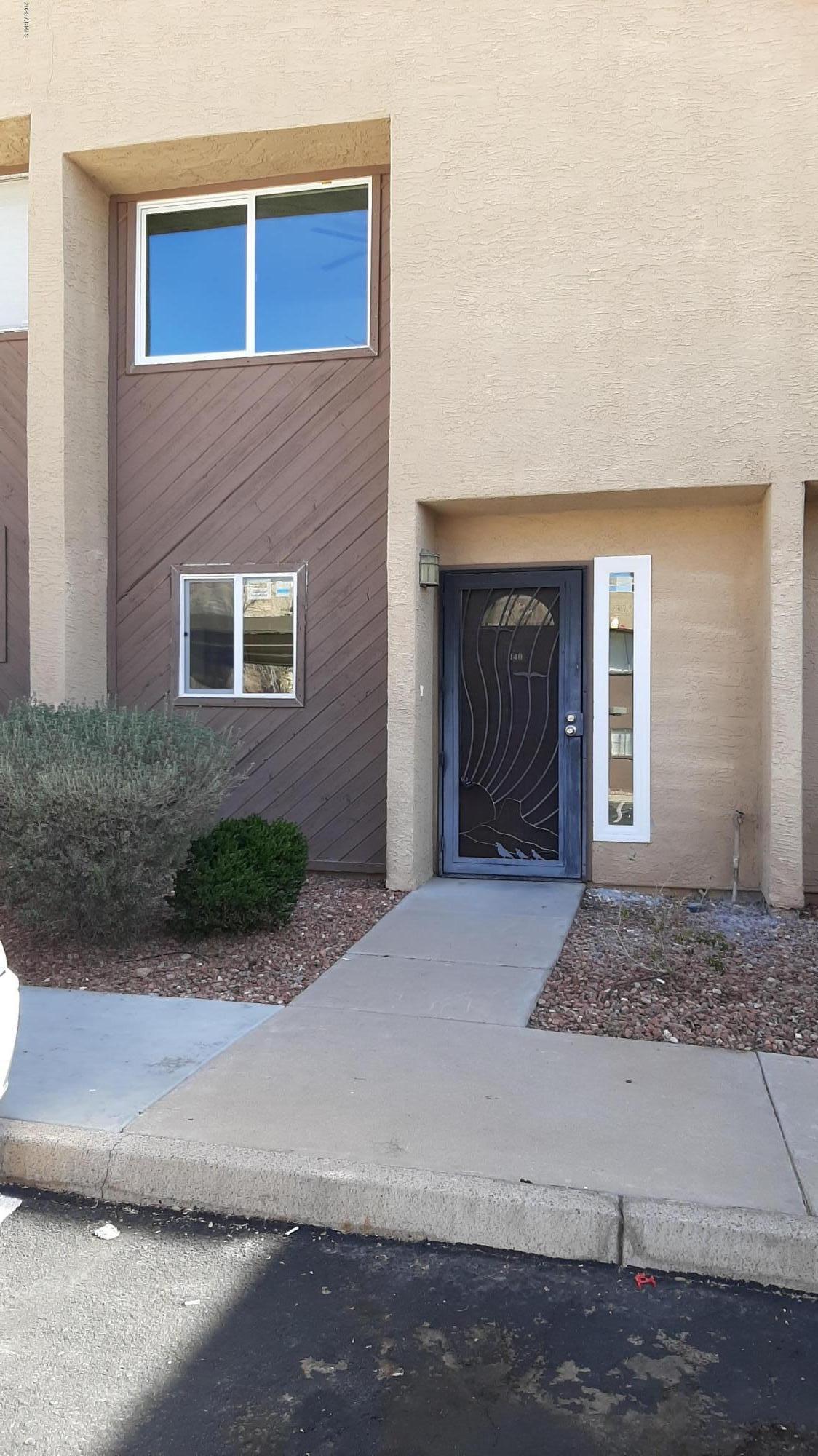 Photo of 1601 W SUNNYSIDE Drive W #140, Phoenix, AZ 85029
