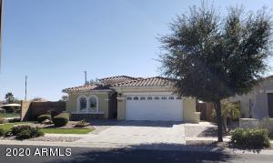 905 E RIVIERA Place, Chandler, AZ 85249