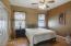 Laminate floors, ceiling fan