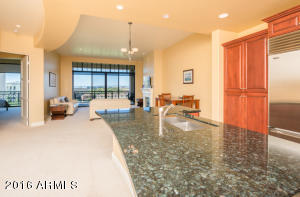 8 BILTMORE Estate, 309, Phoenix, AZ 85016