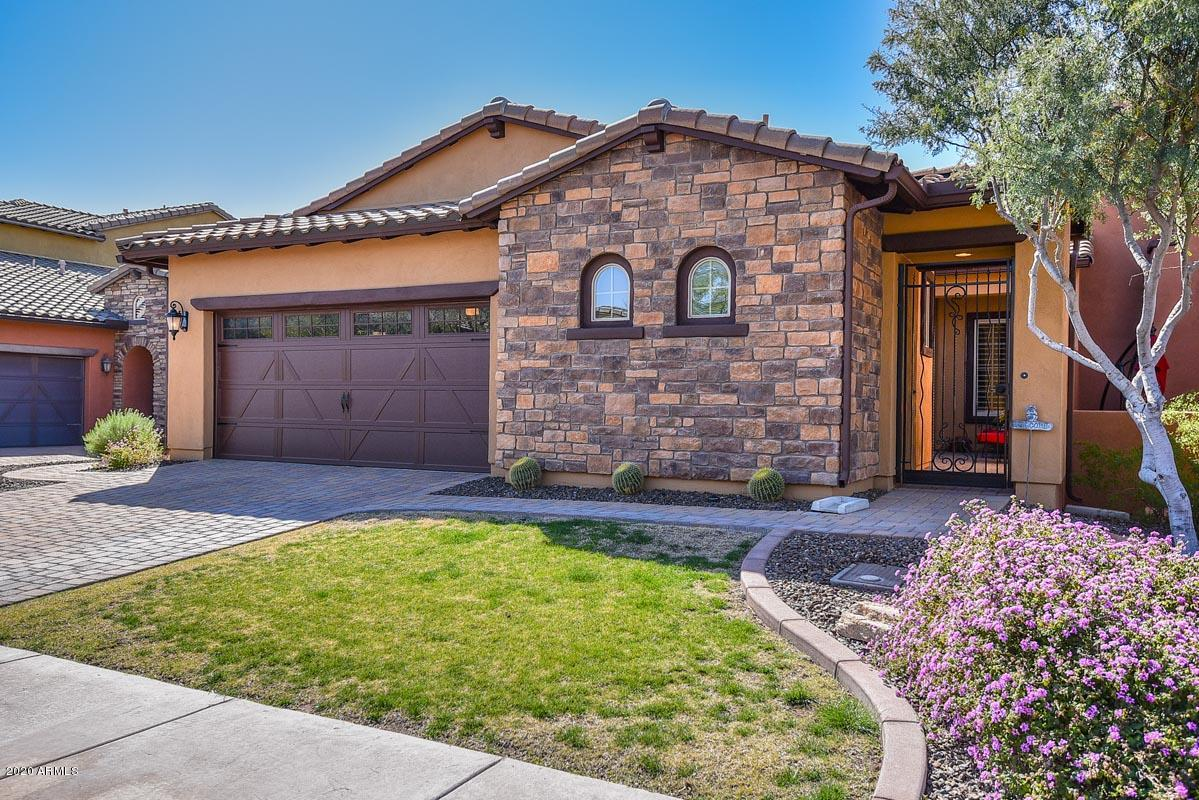 Photo of 12071 W RED HAWK Drive, Peoria, AZ 85383