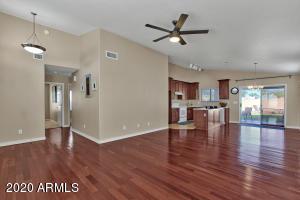 860 N Bogle Court, Chandler, AZ 85225