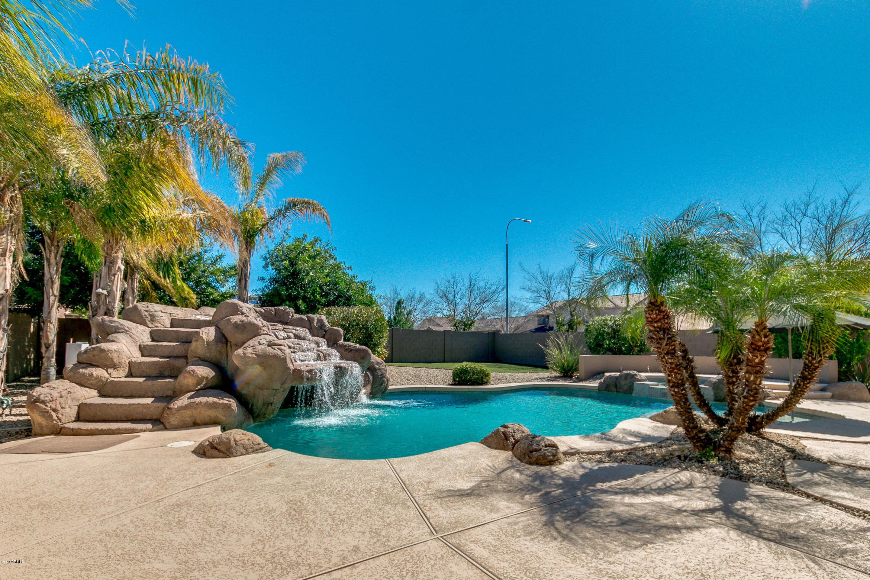 Photo of 2837 N 103RD Drive, Avondale, AZ 85392