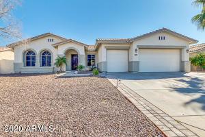 1557 N ROBIN Lane, Mesa, AZ 85213