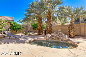 9827 E NOPAL Avenue, Mesa, AZ 85209